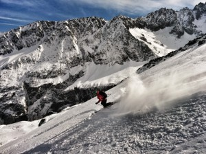 We didn't take any photos on the day because we were concentrating and it was cold! This is Mark shredding Grand Montets on his telemark skis a couple of weeks beforehand.