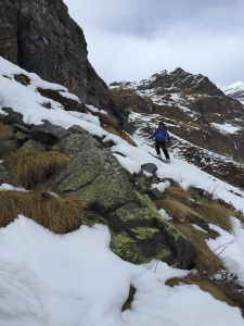 Icy snow and grass. We would have preferred powder below 2000m, but it was still fun!